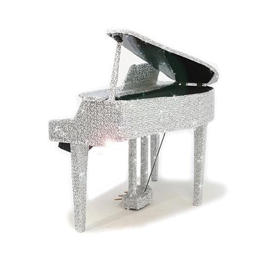 Блестящий рояль